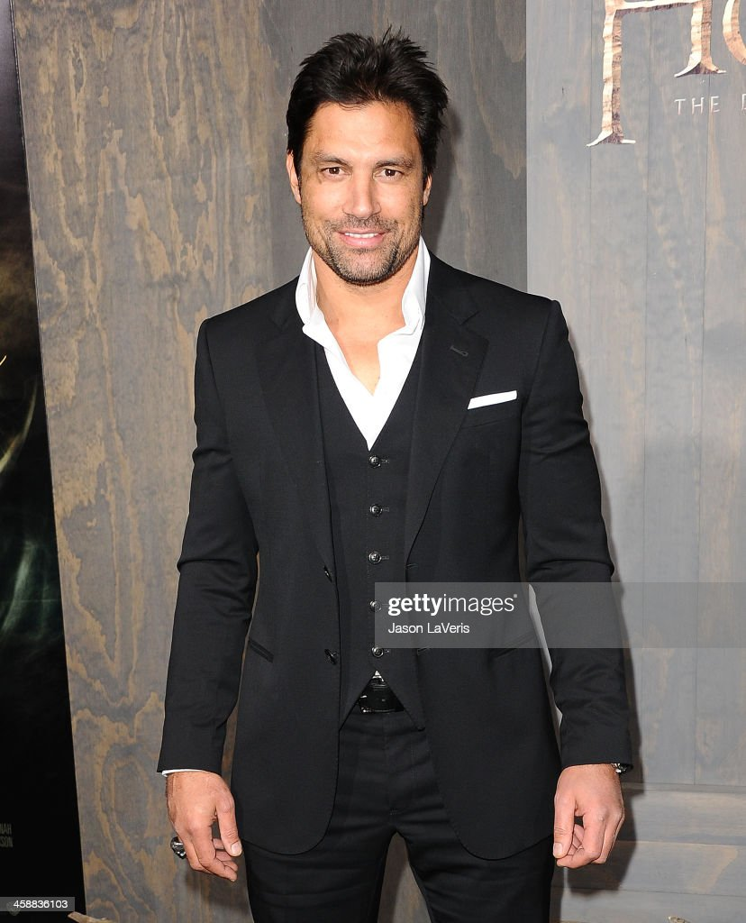 Actor Manu Bennett attends the premiere of 'The Hobbit: The Desolation Of Smaug' at TCL Chinese Theatre on December 2, 2013 in Hollywood, California.