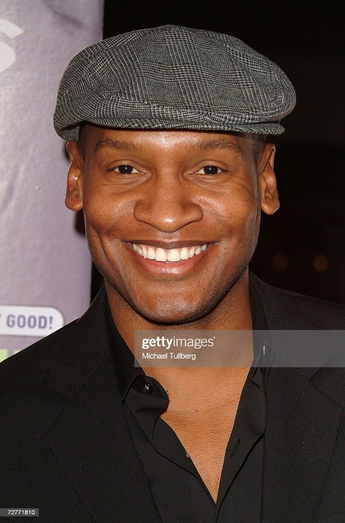 Actor Marcellas Reynolds arrives at the world premiere of the new movie 'Eating Out 2', held at the Sunset 5 Theater on December 7, 2006, in West Hollywood, California.