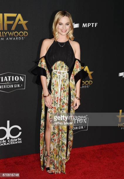 Actor Margot Robbie attends the 21st Annual Hollywood Film Awards at The Beverly Hilton Hotel on November 5 2017 in Beverly Hills California