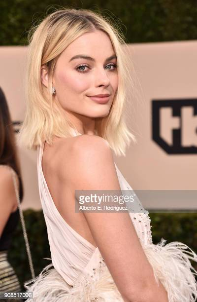 Actor Margot Robbie attends the 24th Annual Screen Actors Guild Awards at The Shrine Auditorium on January 21, 2018 in Los Angeles, California....