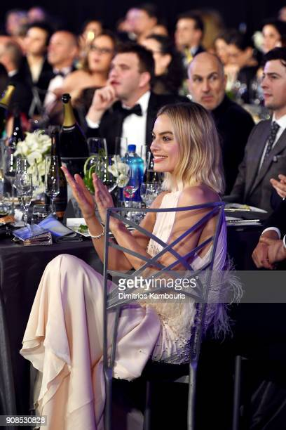 Actor Margot Robbie attends the 24th Annual Screen Actors Guild Awards at The Shrine Auditorium on January 21 2018 in Los Angeles California 27522_009