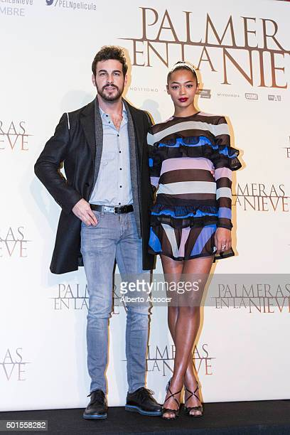 Actor Mario Casas and Actress Berta Vazquez attend 'Palmeras en la Nieve' Madrid Photocall at Palace Hotel on December 16 2015 in Madrid Spain