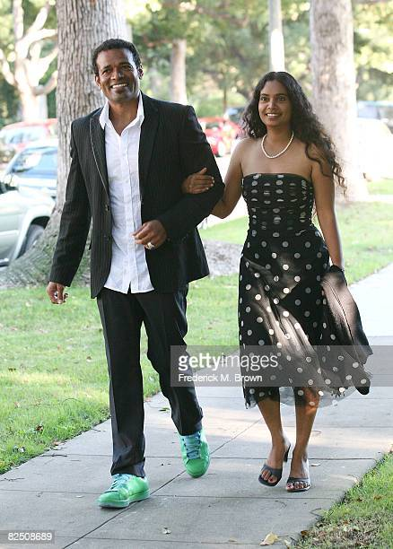 Actor Mario Van Peebles and Chitra Sukhu attend the Black and White Gala for Barack Obama at a private residence on August 21 2008 in Beverly Hills...