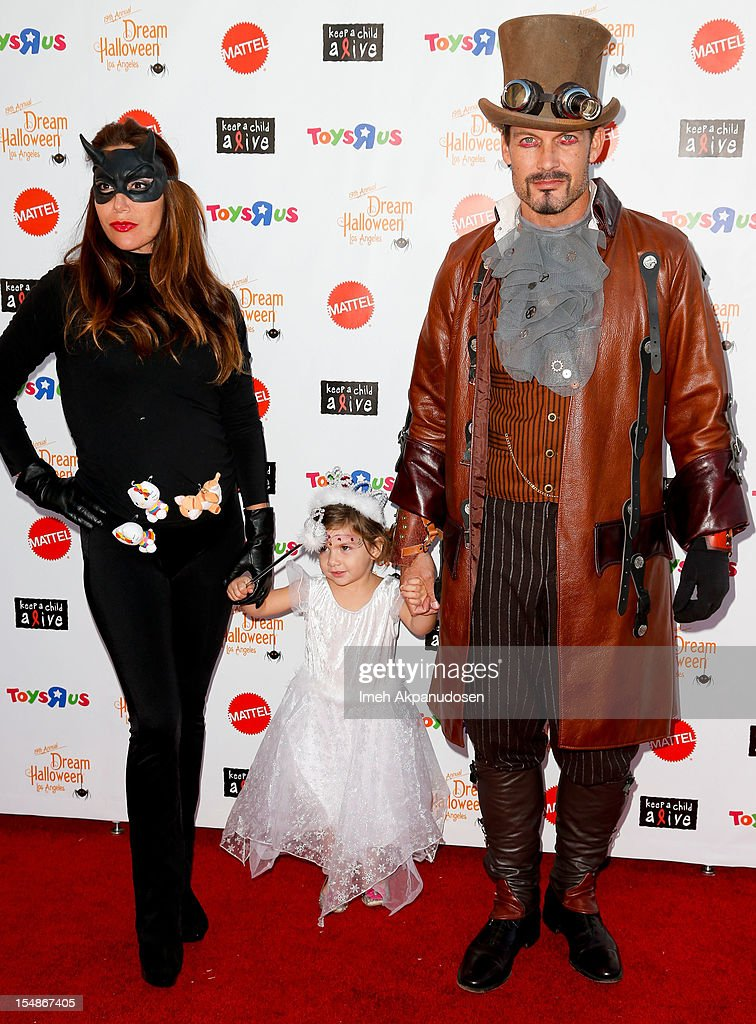 "Keep A Child Alive Presents 2012 ""Dream Halloween"" - Arrivals"