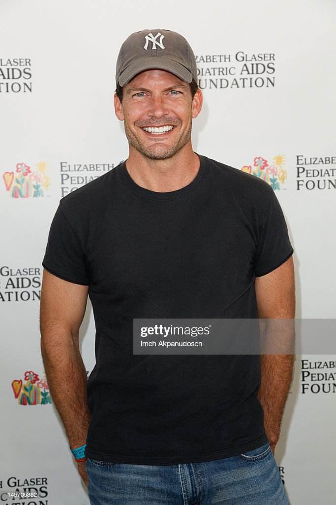"""Elizabeth Glaser Pediatric AIDS Foundation's 23rd Annual """"A Time For Heroes"""" Celebrity Picnic - Arrivals : News Photo"""