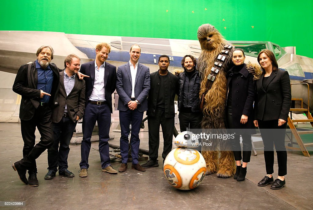 """The Duke Of Cambridge And Prince Harry Visit The """"Star Wars"""" Film Set : News Photo"""