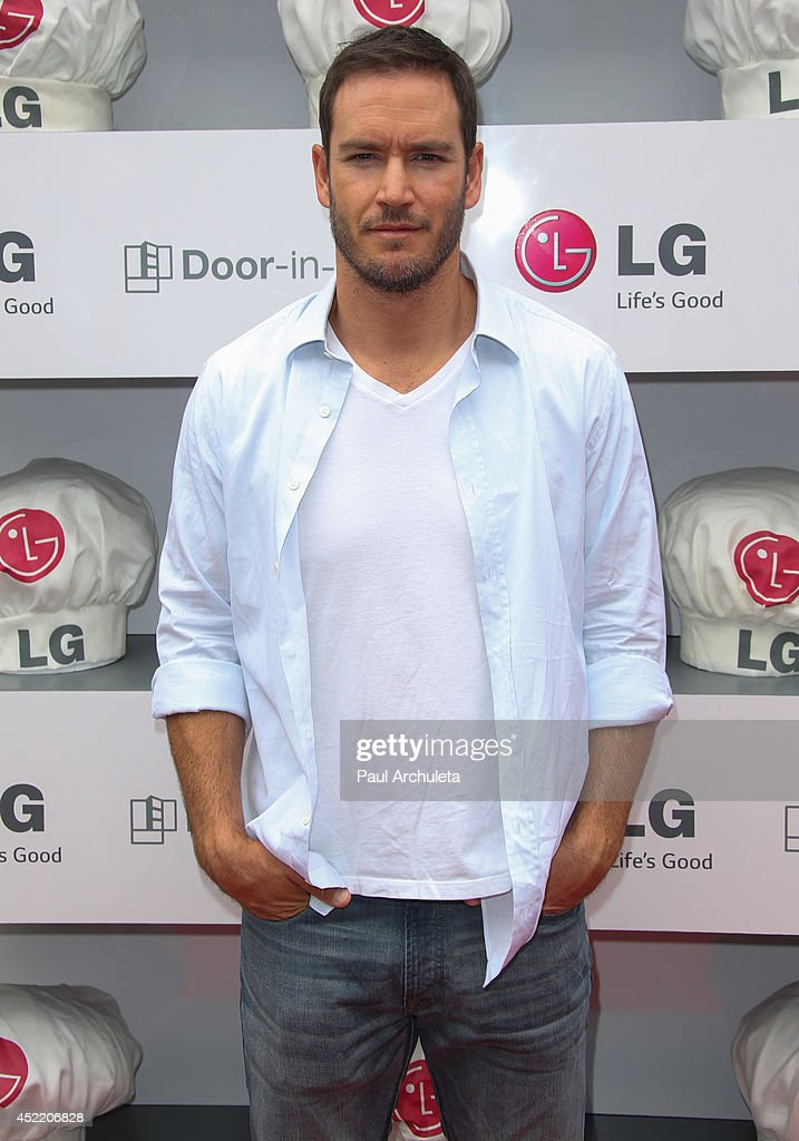 Actor Mark Paul Gosselaar attends the Junior Chef Academy event at The Washbow on July 15, 2014 in Culver City, California.