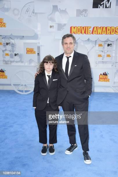 Actor Mark Ruffalo and Bella Noche Ruffalo attend The 2015 MTV Movie Awards at Nokia Theatre LA Live in Los Angeles USA on 12 April 2015 Photo Hubert...