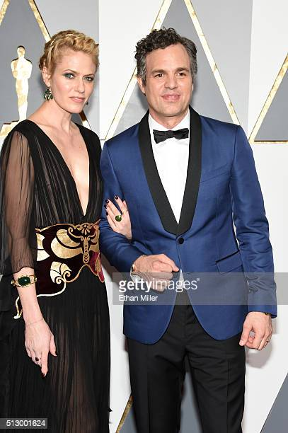 Actor Mark Ruffalo and Sunrise Coigney attend the 88th Annual Academy Awards at Hollywood Highland Center on February 28 2016 in Hollywood California