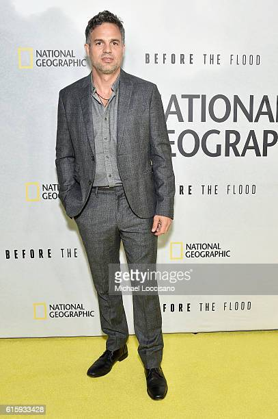 Actor Mark Ruffalo attends the National Geographic Channel Before the Flood screening at United Nations Headquarters on October 20 2016 in New York...