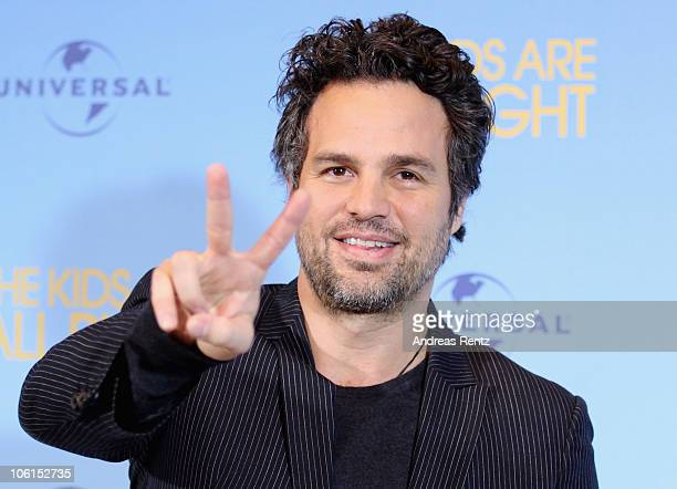 Actor Mark Ruffalo attends the 'The kids are all right' photo call at Hotel Adlon on October 27 2010 in Berlin Germany