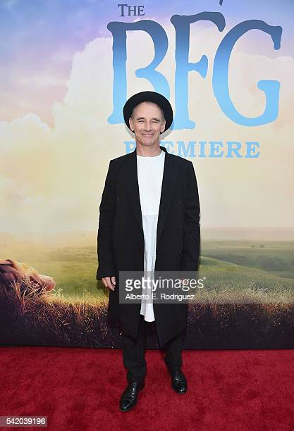 Actor Mark Rylance arrives on the red carpet for the US premiere of Disney's The BFG directed and produced by Steven Spielberg A giant sized crowd...