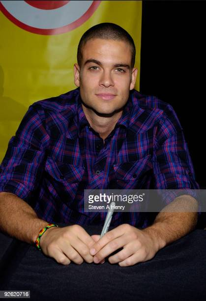 Actor Mark Salling promotes 'Glee The Musical Vol 1' at the Roosevelt Field Mall on November 2 2009 in Garden City New York