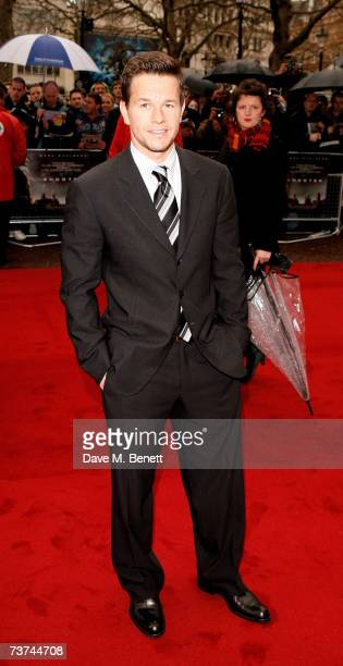 Actor Mark Wahlberg arrives at the UK Premiere of 'Shooter', at the Odeon West End on March 29, 2007 in London, England.