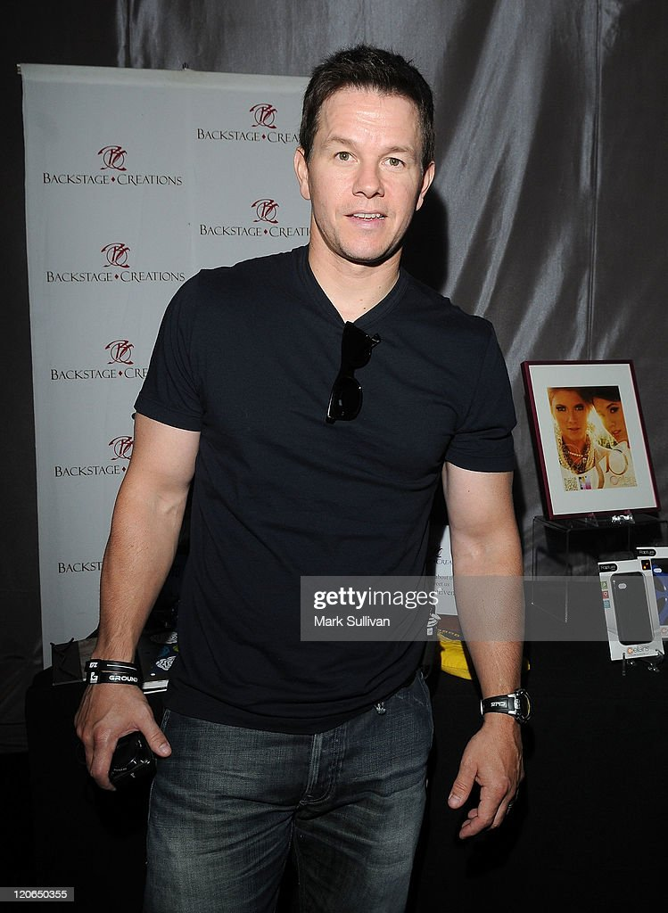 Backstage Creations Celebrity Retreat At Teen Choice 2011 - Day 2 : News Photo