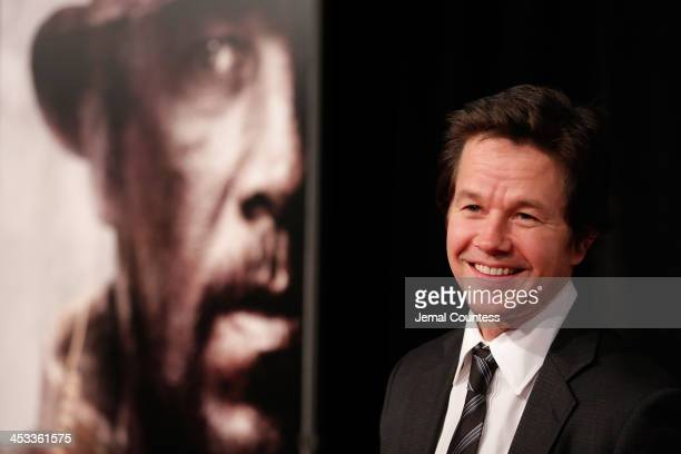 Actor Mark Wahlberg attends the 'Lone Survivor' New York premiere at Ziegfeld Theater on December 3 2013 in New York City