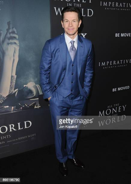 Actor Mark Wahlberg attends the Los Angeles Premiere 'All The Money In The World' at Samuel Goldwyn Theater on December 18 2017 in Beverly Hills...