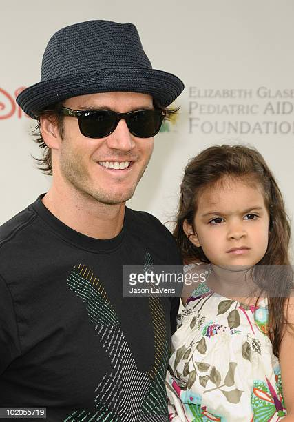Actor MarkPaul Gosselaar and daughter Ava Lorenn Gosselaar attend the 21st annual A Time For Heroes celebrity picnic benefit at Wadsworth Theater on...