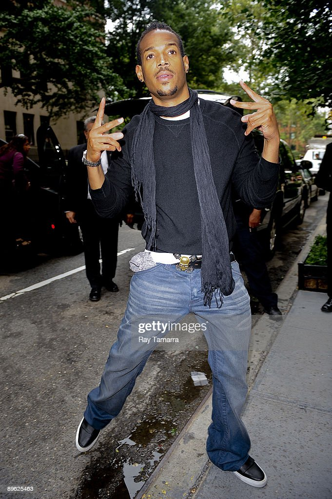 Actor Marlon Wayans leaves his Gramercy Park hotel on August 05, 2009 in New York City.