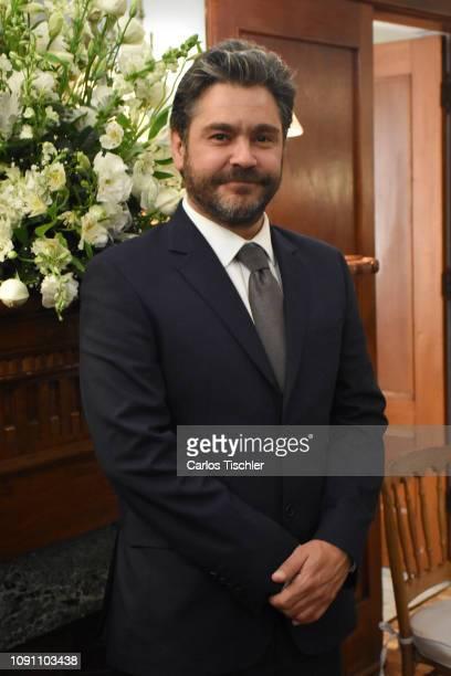 Actor Martin Altomaro poses for photos during the filming of the movie 'Mama se fue de viaje' at Circulo Cubano de Mexico on January 7 2019 in Mexico...