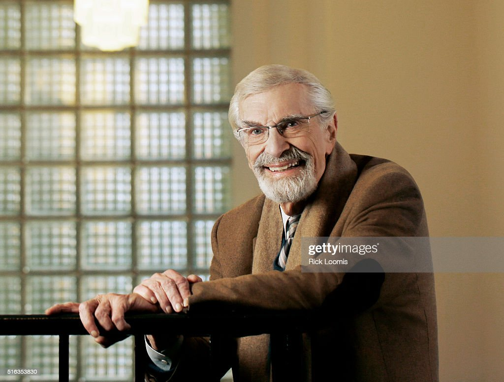 Actor Martin Landau is photographed for Los Angeles Times on January 26, 2016 in Los Angeles, California. PUBLISHED IMAGE.