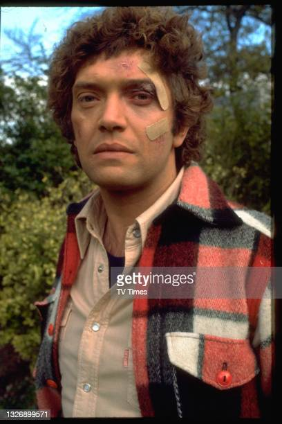 Actor Martin Shaw in character as Ray Doyle in action/adventure series The Professionals, circa 1979.