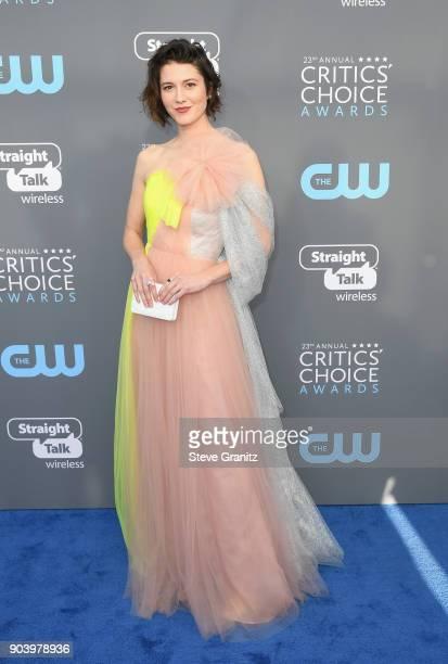 Actor Mary Elizabeth Winstead attends The 23rd Annual Critics' Choice Awards at Barker Hangar on January 11 2018 in Santa Monica California