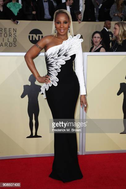 Actor Mary J Blige attends the 24th Annual Screen Actors Guild Awards at The Shrine Auditorium on January 21 2018 in Los Angeles California 27522_017