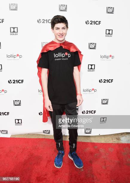Actor Mason Cook attends the 2nd Annual Lollipop Superhero Walk benefiting the Lollipop Theater Network at Pan Pacific Park on April 29 2018 in Los...