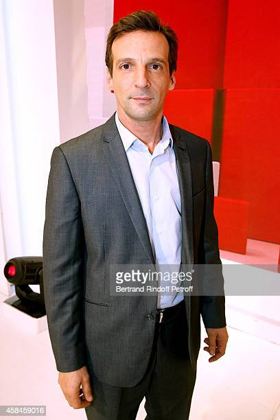 Actor Mathieu Kassovitz presents the movie 'Un illustre inconnu' during the 'Vivement Dimanche' French TV Show at Pavillon Gabriel on November 5 2014...