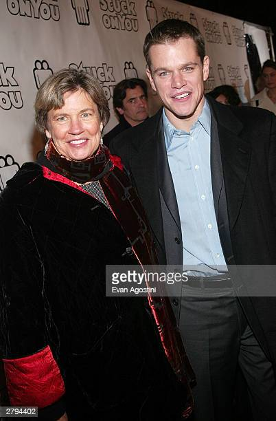 Actor Matt Damon and his mother arrive at the 20th Century Fox film premiere of Stuck On You December 8 2003 in New York City