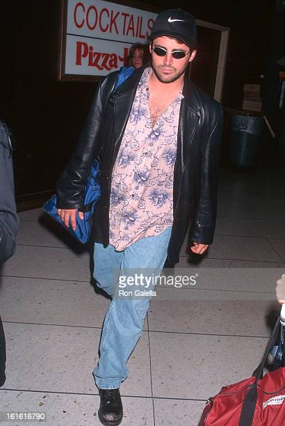 Actor Matt LeBlanc departs for New York City on June 25 1996 at the Los Angeles International Airport in Los Angeles California