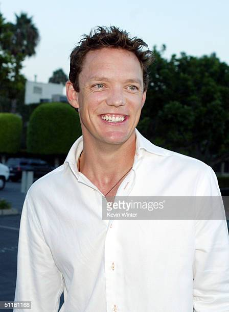 Actor Matthew Lillard arrives at the premiere of Paramount's Without A Paddle at the Paramount Studios lot on August 16 2004 in Los Angeles California