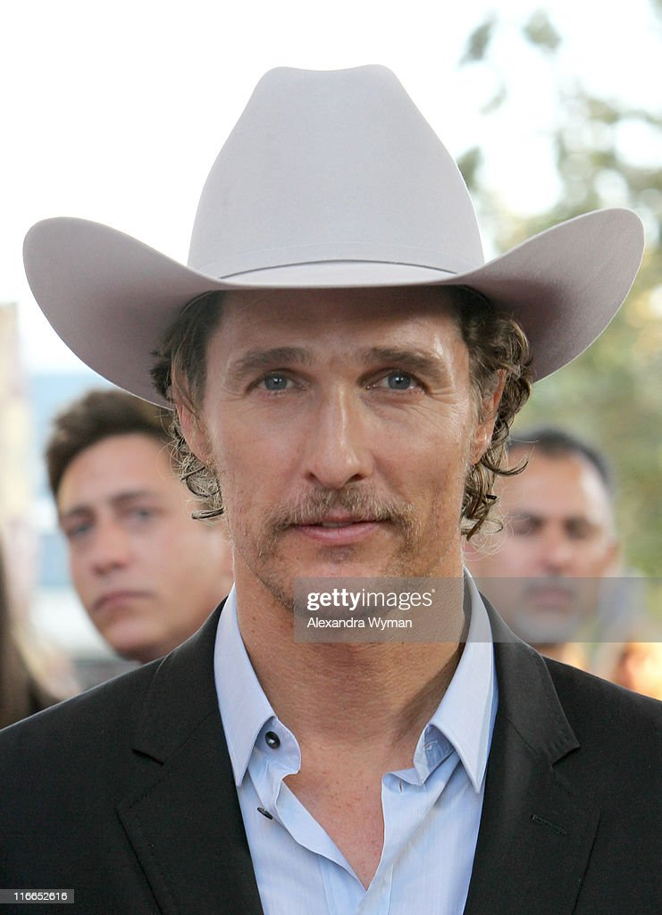 "2011 Los Angeles Film Festival - ""Bernie"" Opening Night Premiere - Red Carpet : News Photo"