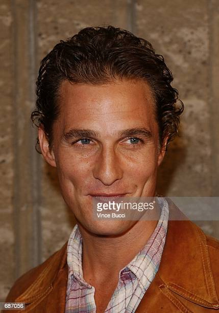 Actor Matthew McConaughey attends the premiere of the film 'A Beautiful Mind' December 13 2001 in Beverly Hills CA