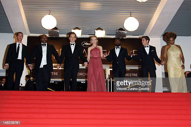 Actor Matthew McConaughey director Lee Daniels actors John Cusack Nicole Kidman David Oyelowo Zach Efron and Macy Gray depart the 'The Paperboy'...