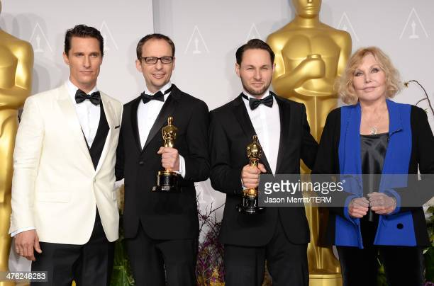 Actor Matthew McConaughey Filmmakers Laurent Witz and Alexandre Espigares winners of Best Short Film Animated and actress Kim Novak pose in the press...