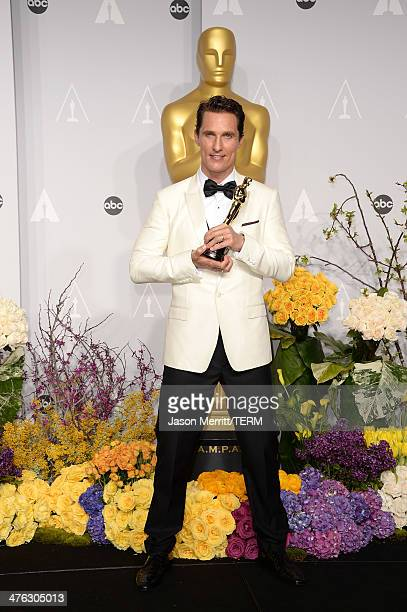 Actor Matthew McConaughey, winner of Best Performance by an Actor in a Leading Role poses in the press room during the Oscars at Loews Hollywood...