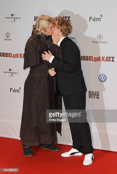 Actor Matthias Schweighoefer and director Detlev Buck attend the 'RUBBELDIEKATZ' Premiere at Cinemaxx on November 30 2011 in Berlin Germany