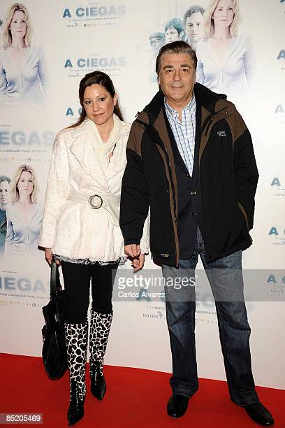 Actor Maximo Valverde and his girlfriend attend the Blindness premiere at the Capitol Cinema on March 3 2009 in Madrid Spain