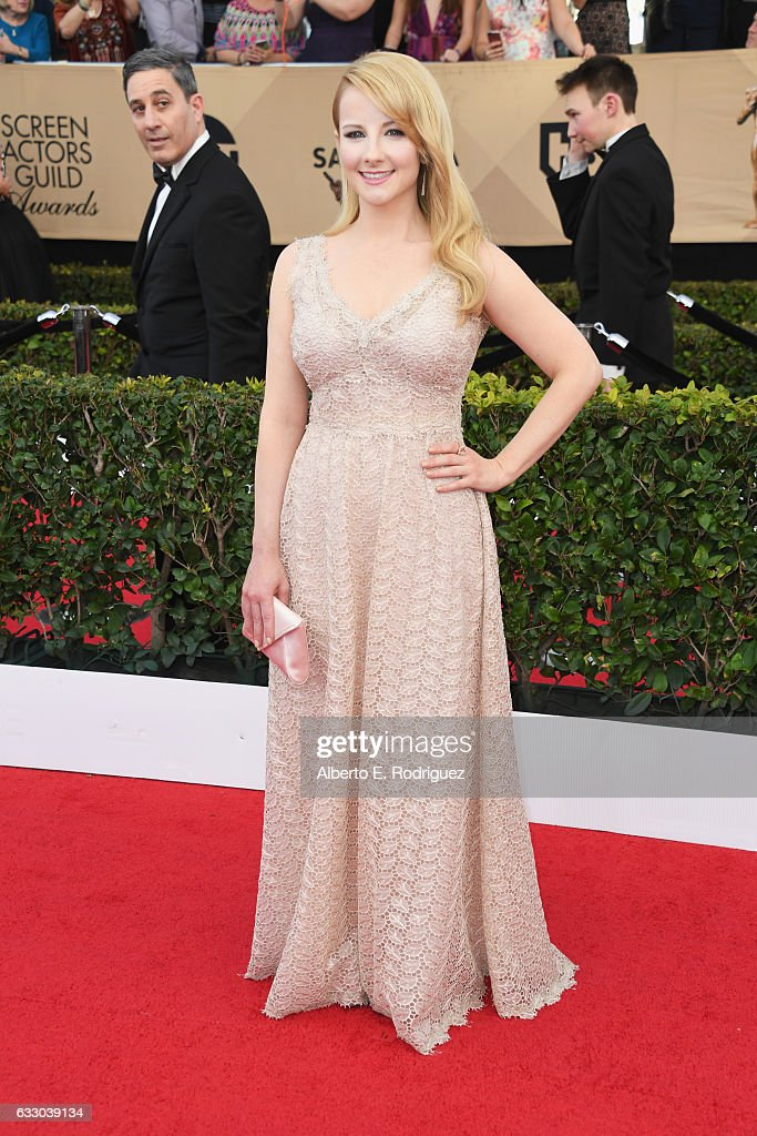 Actor Melissa Rauch attends the 23rd Annual Screen Actors Guild Awards at The Shrine Expo Hall on January 29, 2017 in Los Angeles, California.