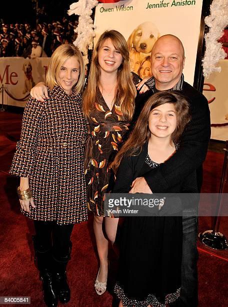 Actor Michael Chiklis and family arrive at the premiere of 20th Century Fox's 'Marley Me' held at the Mann Village Theater on December 11 2008 in...