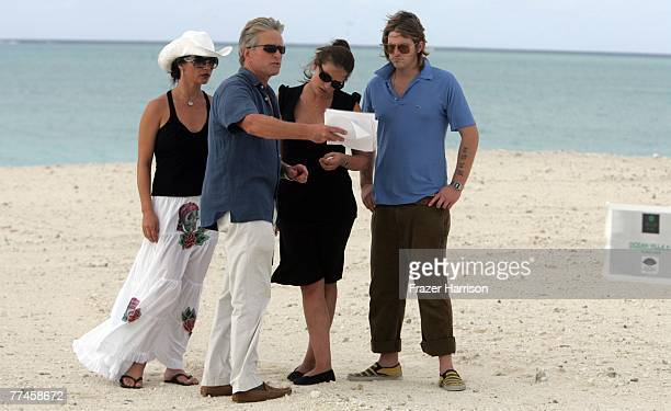 OUT*** Actor Michael Douglas actress Catherine ZetaJones with Cameron Douglas and his girlfirend Kelly Sotton Dellis Cay on Turk and Caicos while on...
