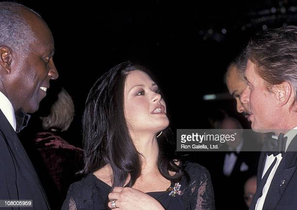 Actor Michael Douglas and actress Catherine Zeta Jones attend United Nations Ambassadors Dinner Gala on October 26 2000 at the Sheraton Hotel in New...