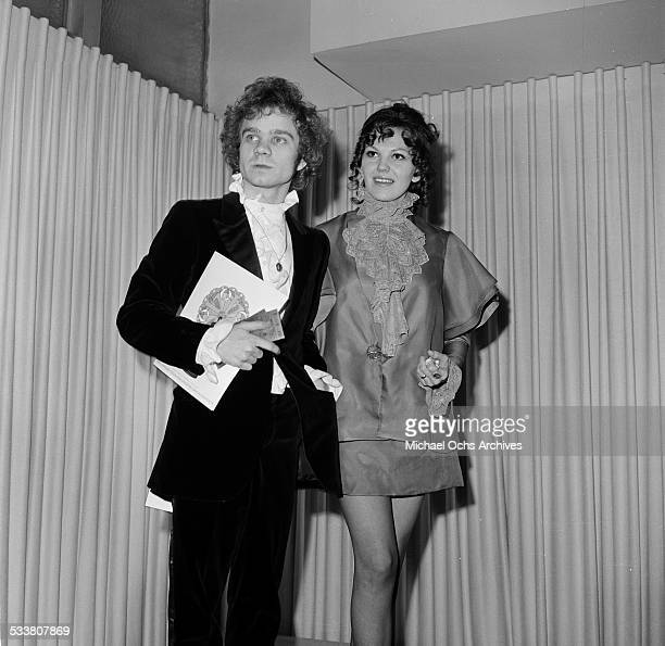 Actor Michael J Pollard and his wife actress Beth Howland attends party for 40th Annual Academy Awards on April 10 1968 at the Bistro Restaurant in...