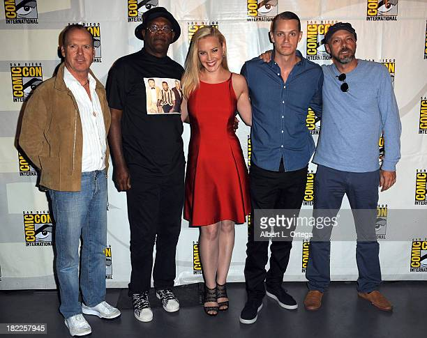 Actor Michael Keaton actor Samuel L Jackson actress Abbie Cornish actor Joel Kinnaman and director Jose Padilha attend The Sony and Screen Gems...