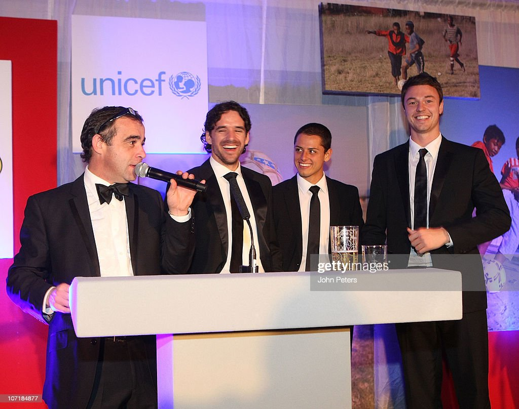 Manchester United UNICEF Ball & Charity Auction