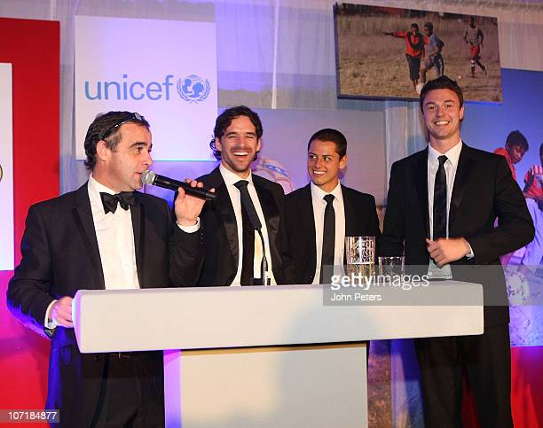 Actor Michael Levell Owen Hargreaves Javier 'Chicharito' Hernandez and Jonny Evans of Manchester United attend the annual United For Unicef charity...