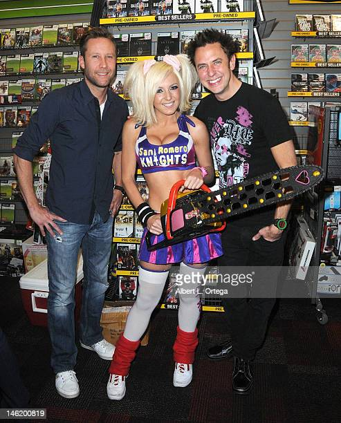 Actor Michael Rosenbaum cosplayer Jessica Nigri and writer/director James Gunn participate in the Warner Bros Interactive Entertainment And...