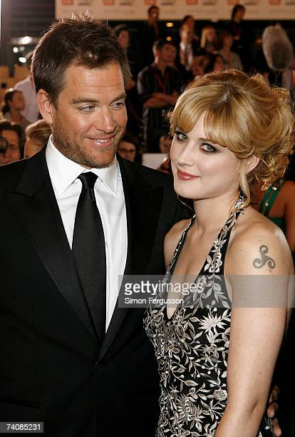 Actor Michael Weatherly and his niece Alexandra arrive at the 2007 TV Week Logie Awards at the Crown Casino on May 6 2007 in Melbourne Australia The...